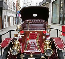 A mors 1902 at the Regent Street Motor Show 2013 by Keith Larby