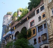 Building by Hundertwasser from the right side, Vienna by Ilan Cohen