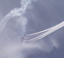 Red Arrows Three by TheShutterbugsG