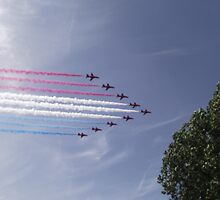 Red Arrows - Ten by TheShutterbugsG