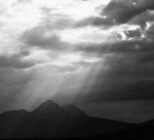 Heavenly Light by Jane Ruttkayova