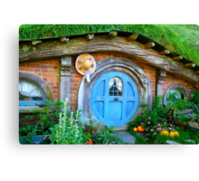 Hobbit hole - Hobbiton, New Zealand Canvas Print
