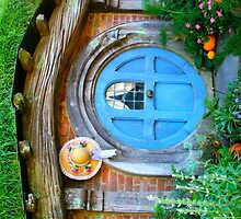Hobbit Hole at Hobbiton - New Zealand by Nicola Barnard