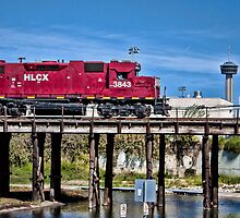 HLCX 3843 Over Bridge by Craig  Bellinger Photography