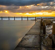 Mahon Pool, Maroubra by Nix Nox