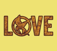Love Hunger Games by davewear