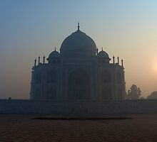 Sun rising behind Taj Mahal by Nick Dale