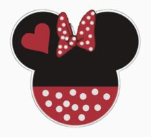 Couple design: Minnie 2 by Peter Bui