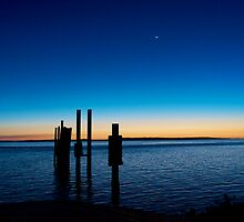End of the Day ~ Dunwich, North Stradbroke Island by Renee Hubbard Fine Art Photography