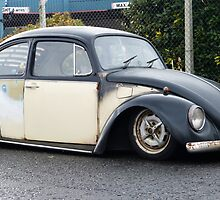 Ratty Slammed VW Beetle by JBPhotography13