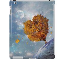 Love Rules the Universe iPad Case/Skin