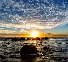 Moeraki Sunrise by ChrisMcKay