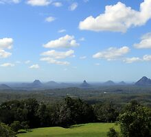 Glasshouse Mountains by Jenelle  Irvine