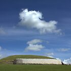 Cloudy day at Newgrange by CliveOnBeara