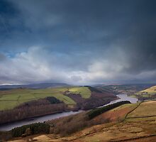 Ladybower Reservoir from Derwent Edge by Jon Bradbury