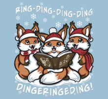"""""""What does the Fox Sing"""" (T-shirts) T-Shirt"""