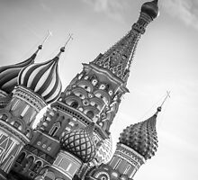 St Basil's, Red Square, Moscow by raredevice