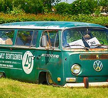The Lowly Gentlemen VW Lowered Bay Window Bus by jay007