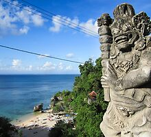 Balinese Statue at Padang Padang Beach by jaymephoto