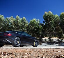 Aston Martin Vanquish by Jan Glovac Photography