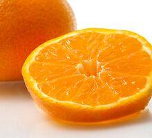 A slice of mandarin by TAMÁS KLAUSZ
