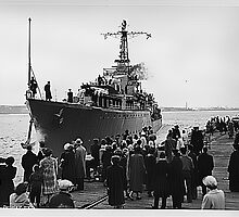 HMCS Nootka leaving Halifax for Korea by boogeyman