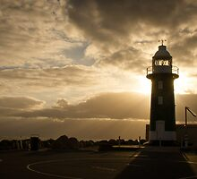 Lighthouse Sunset at Fremantle, Perth by sleepymeepy