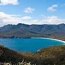 Wineglass Bay by pennyswork