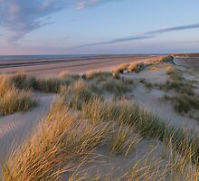 Holkham Bay twilight by jongibbs