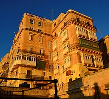 Old Hotel In Valletta by sgrixti
