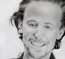 Tom Hiddleston by theridingcrop