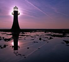 Whiteford Lighthouse by Guy  Berresford