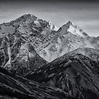 Mount Cook New Zealand by James  Harvie