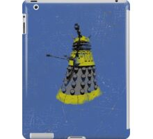 Vintage Look Half Tone Doctor Who Dalek Graphic iPad Case/Skin