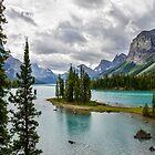 Maligne Lake from Spirit Island by Chris  Randall