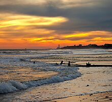 Blyth beach looking south by Violaman