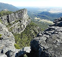 The Grampians Mountain Range - National Park . Vic. by EdsMum