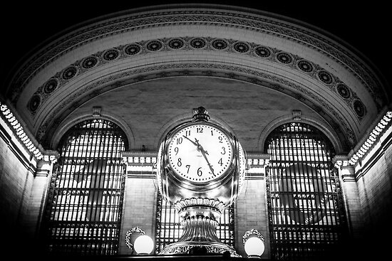 Nicholas Jermy     Portfolio     Grand Central Station Black and WhiteGrand Central Station Clock Black And White