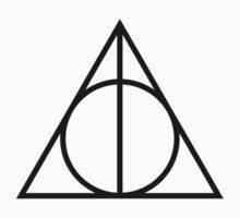 Harry Potter and the Deathly Hallows by sherinaidnani