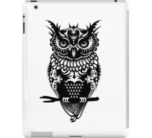 A dark owl  iPad Case/Skin