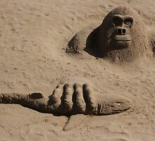 sand gorilla by Perggals© - Stacey Turner