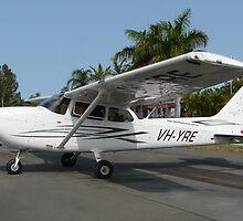 Cessna 172 S Skyhawk SP by stevealder