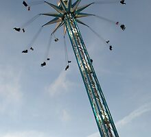 Star Flyer Winter Wonderland Hyde Park by Chris Day