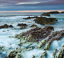 Stormy Shore by srhayward