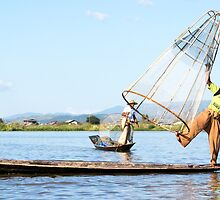 inle lake fisherman by Anne Scantlebury