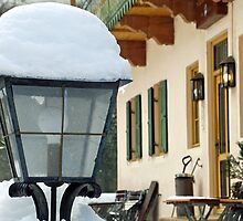 Snowcapped lamp by Arie Koene