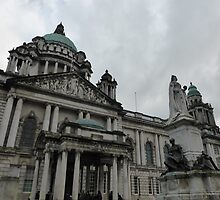 Belfast City Hall by Fara
