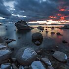 A little more light - Lake Tahoe by Richard Thelen