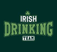 St. Patrick's day: Irish drinking team by nektarinchen