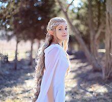 Galadriel by Lopti